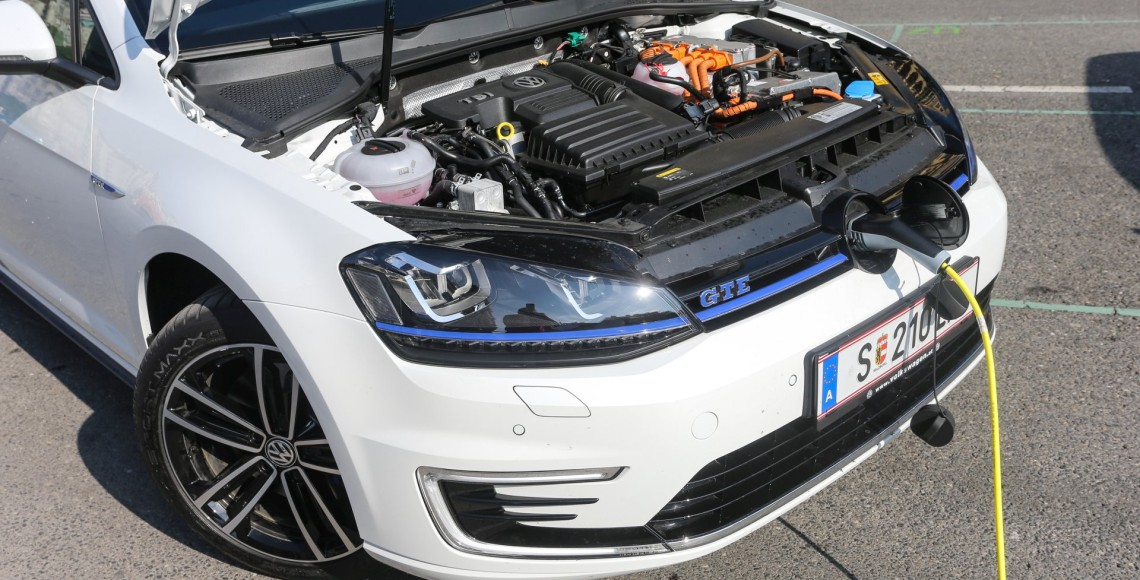 vw_golf_gte_04_may
