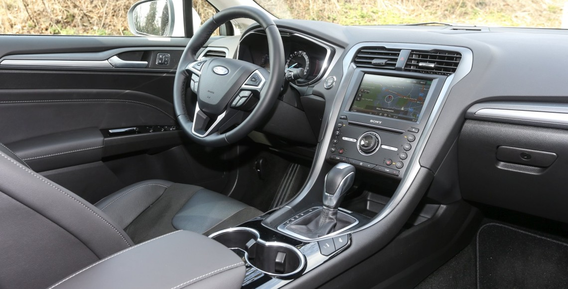 ford_mondeo_hybrid_04_may