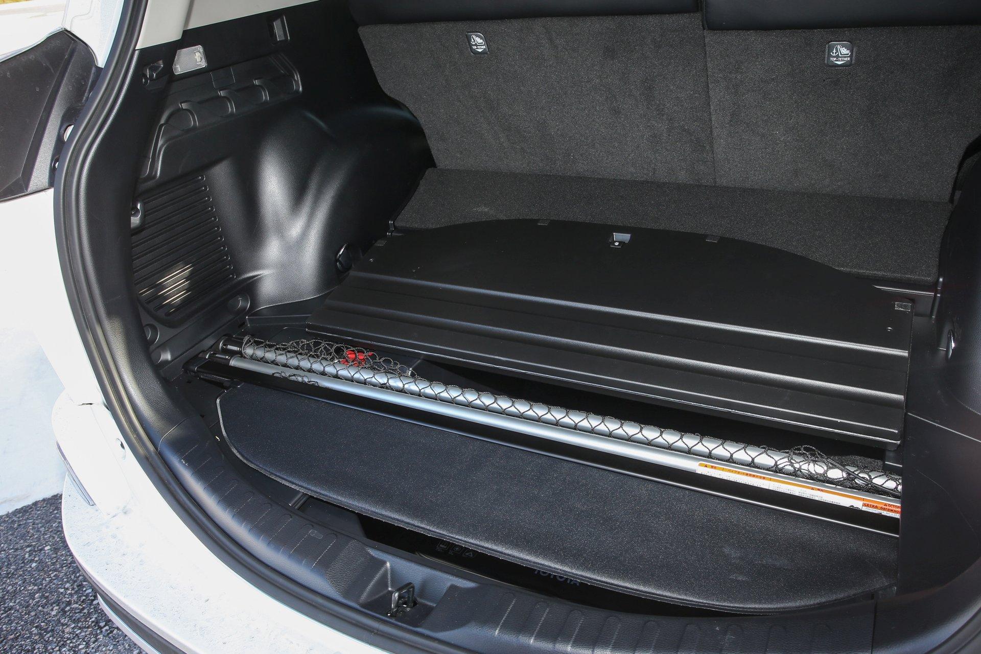 Test Toyota Rav4 2 5 Hybrid Lounge 4wd Alles Auto