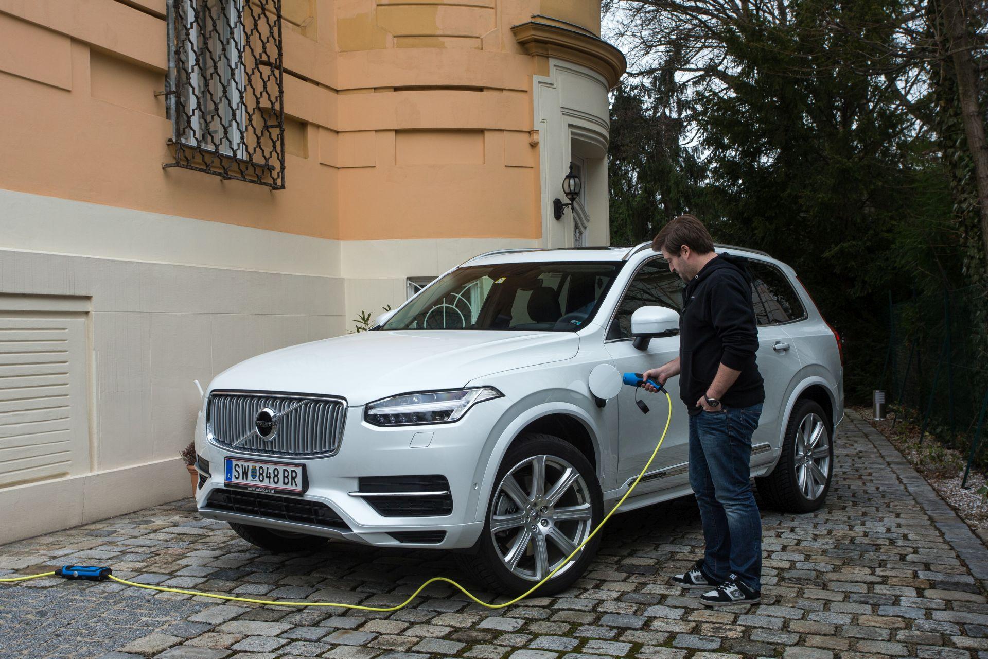 Test Volvo Xc90 T8 Twin Engine Inscription Alles Auto
