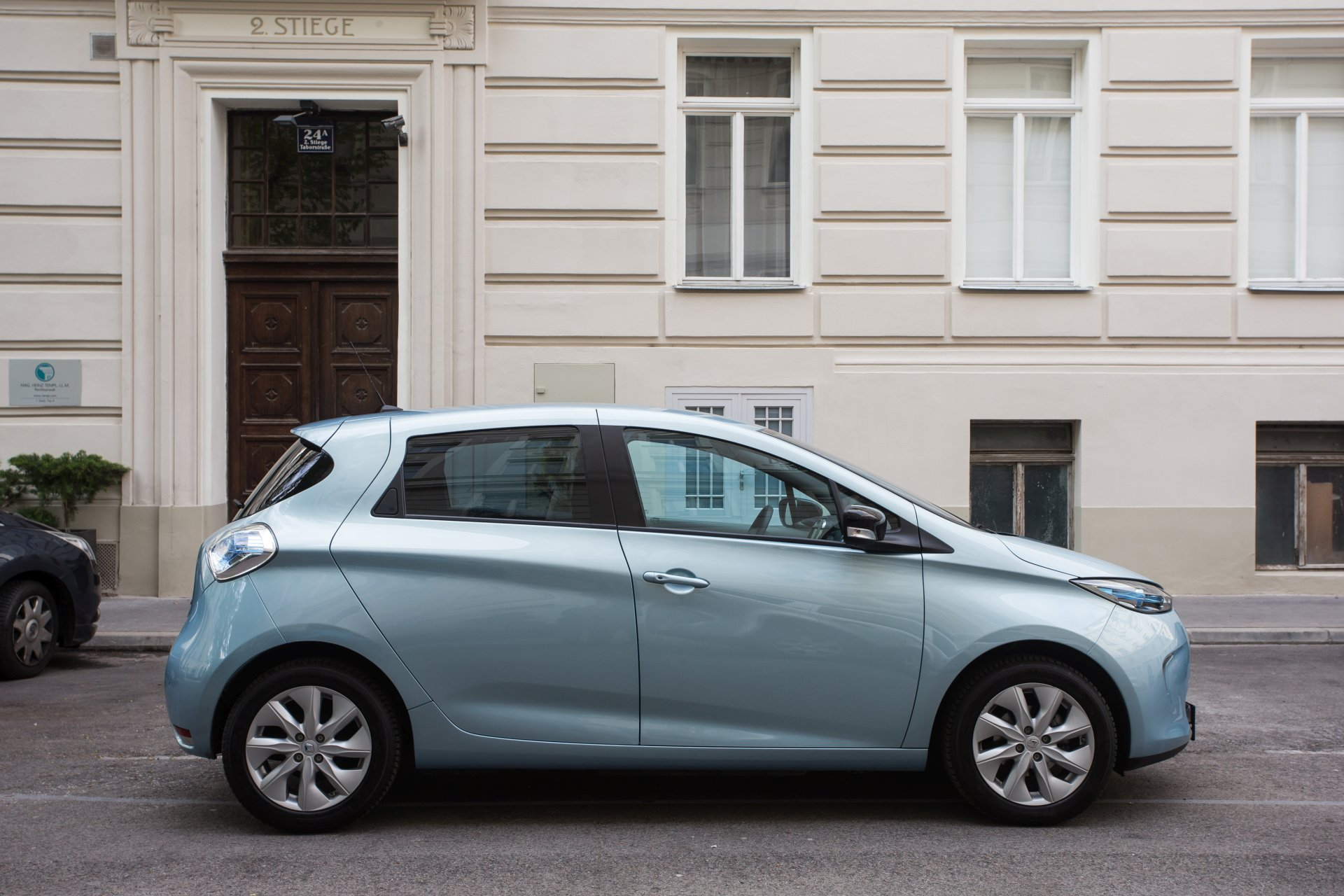 test renault zoe r240 intense alles auto. Black Bedroom Furniture Sets. Home Design Ideas