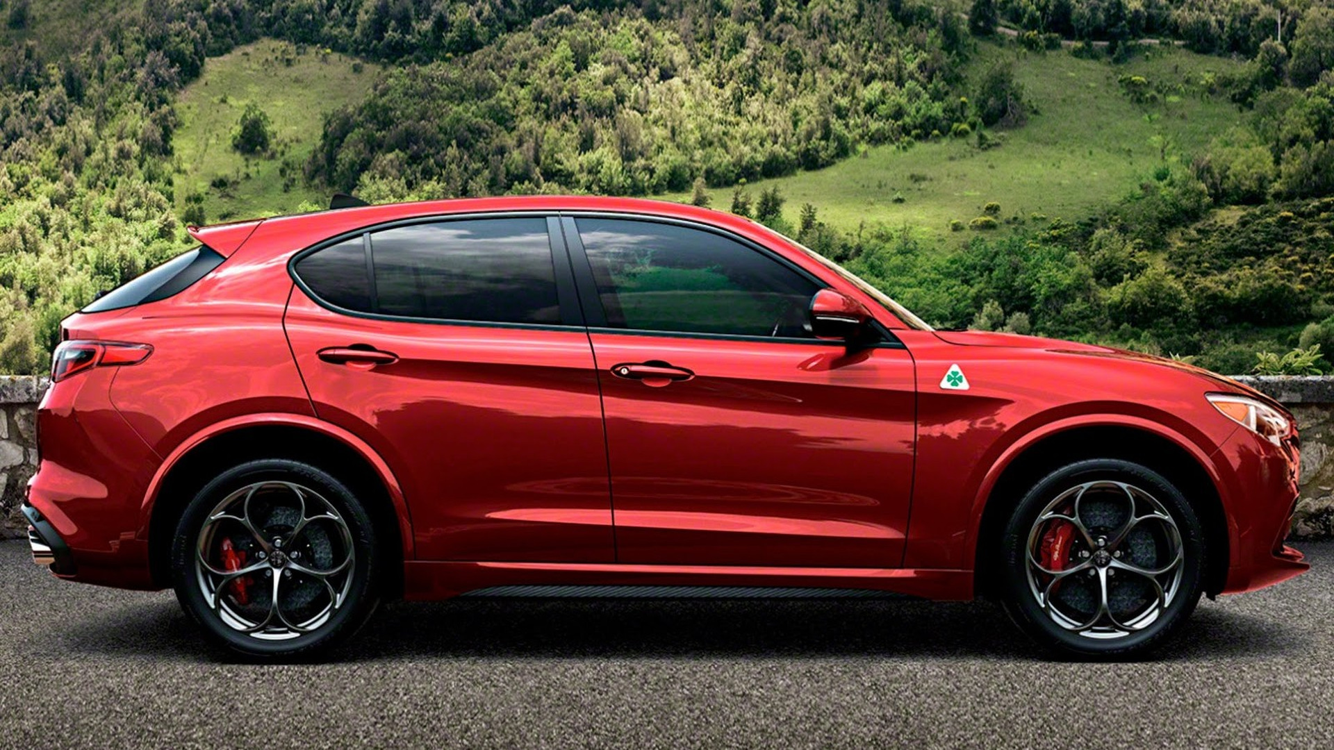 alfa romeo stelvio als quadrifoglio enth llt alles auto. Black Bedroom Furniture Sets. Home Design Ideas