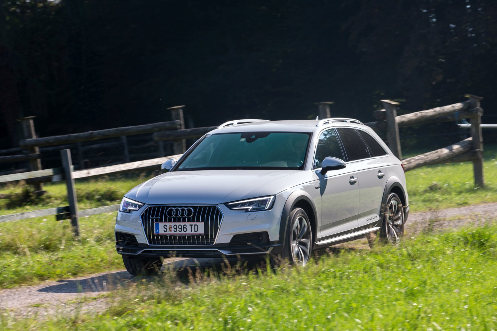 test audi a4 allroad quattro 3 0 tdi alles auto. Black Bedroom Furniture Sets. Home Design Ideas