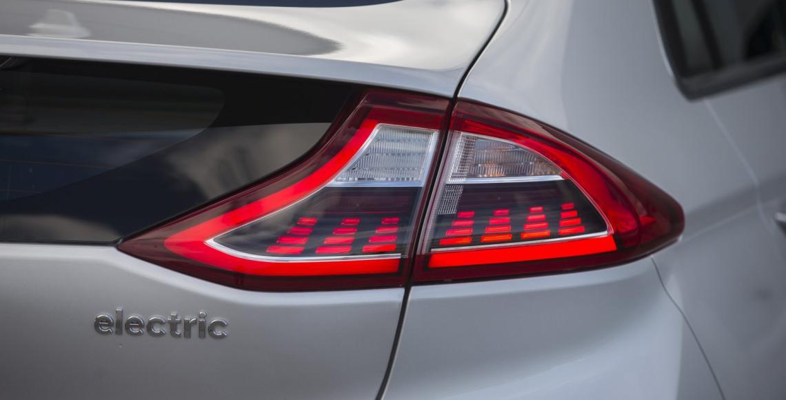 marktuebersicht_elektroautos_12_2016_35_may