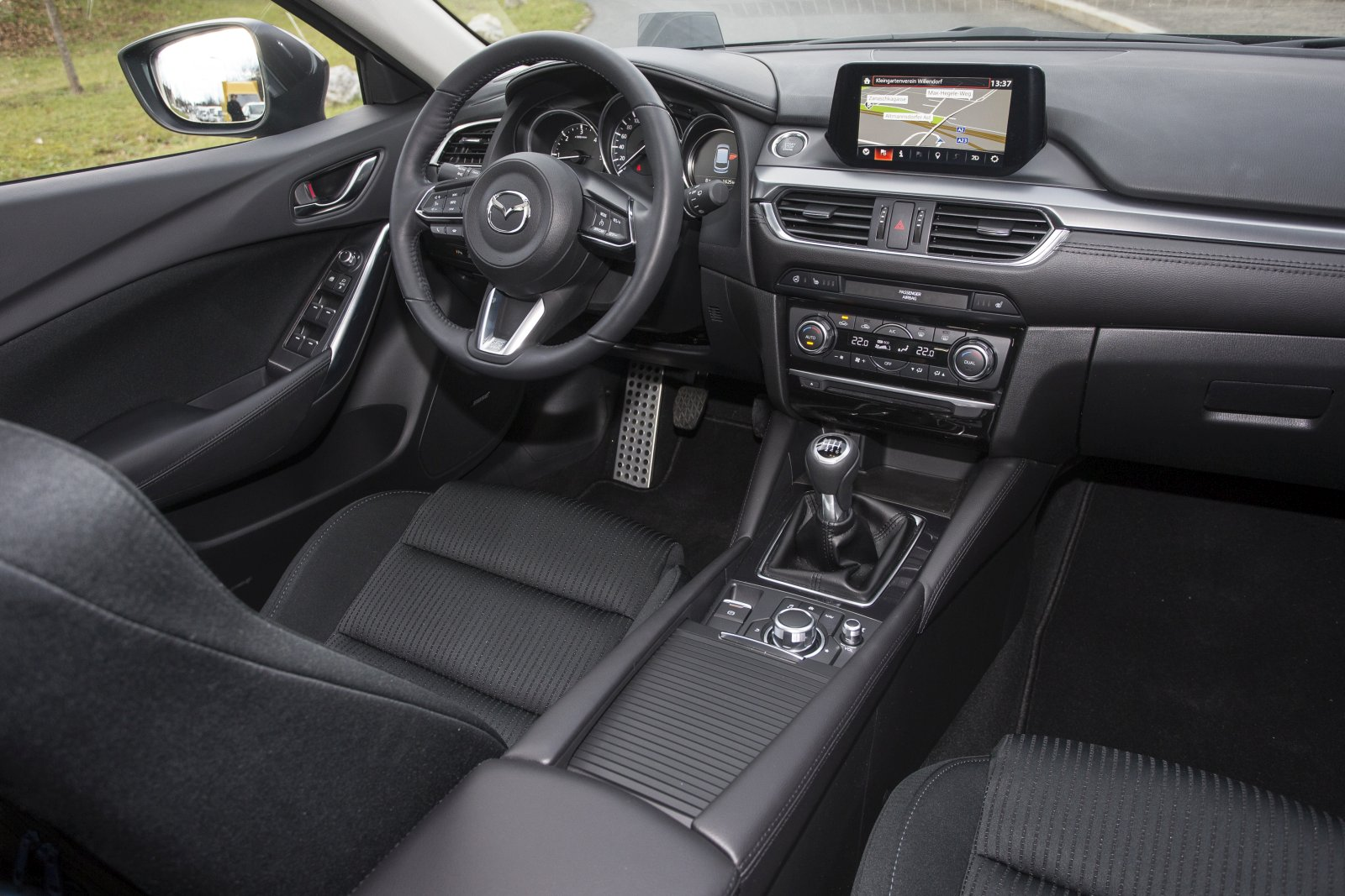 test mazda6 sport combi cd 150 revolution alles auto. Black Bedroom Furniture Sets. Home Design Ideas