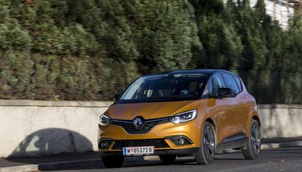 renault_scenic_01_may