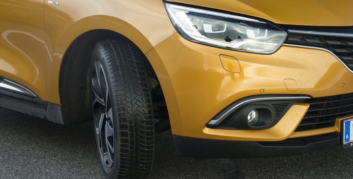renault_scenic_09_may