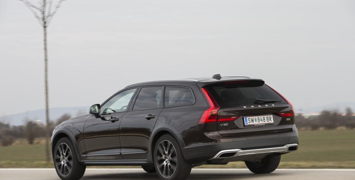 volvo_v90_t5_cross_country_01_may