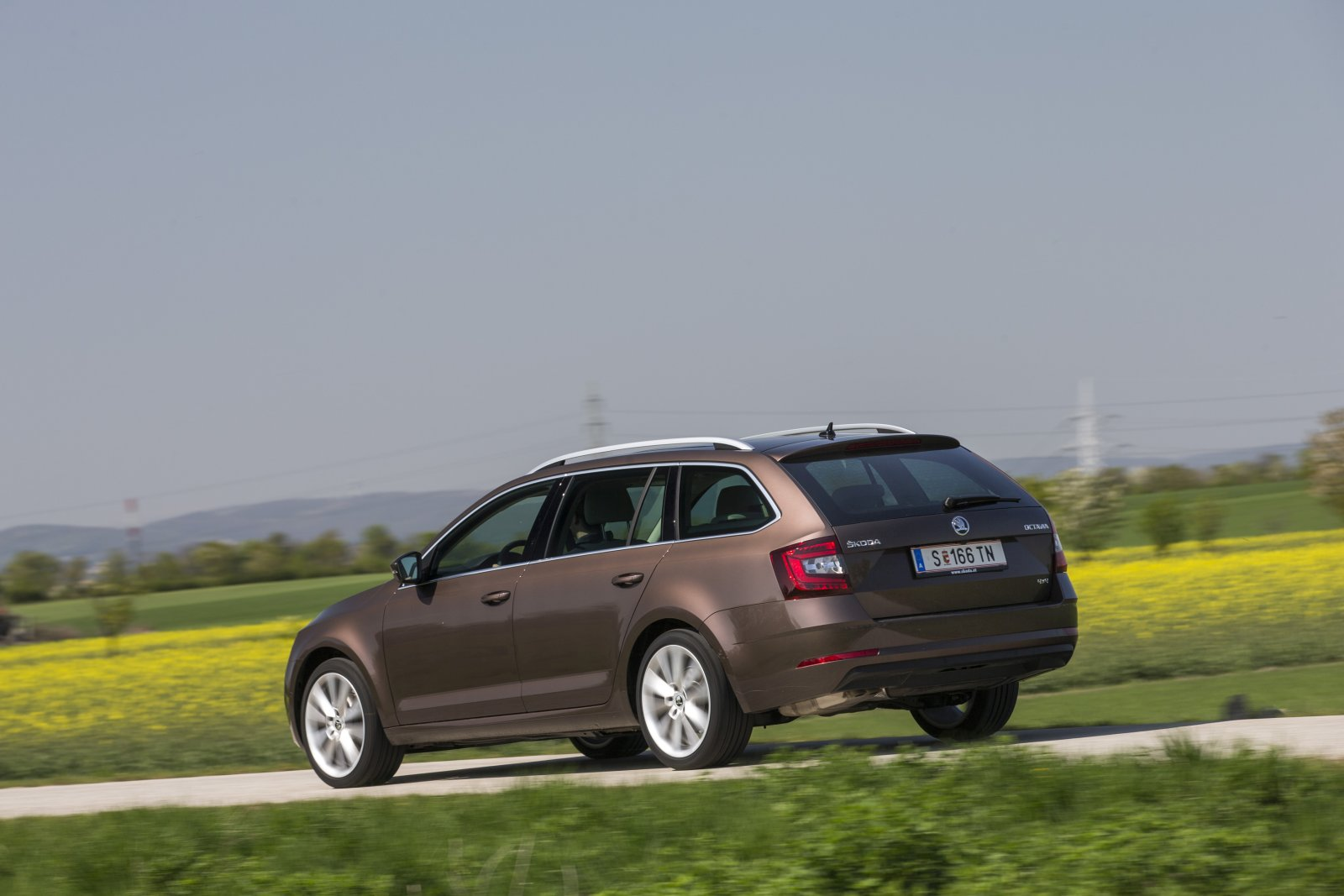 test skoda octavia combi 4x4 style tdi dsg alles auto. Black Bedroom Furniture Sets. Home Design Ideas