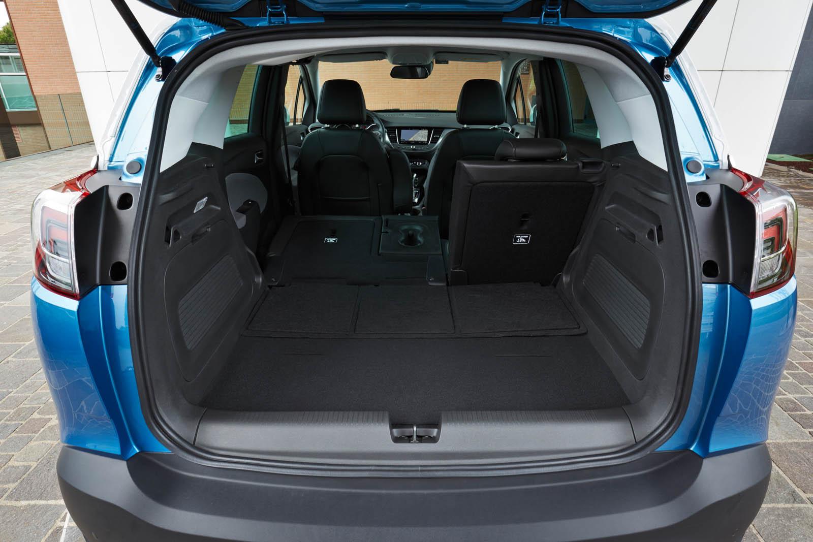 neue schon gefahren opel crossland x alles auto. Black Bedroom Furniture Sets. Home Design Ideas
