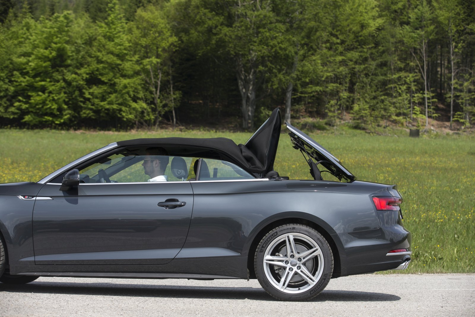 test audi a5 cabriolet 2 0 tdi sport alles auto. Black Bedroom Furniture Sets. Home Design Ideas