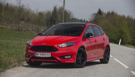 ford_focus_st_line_01_May