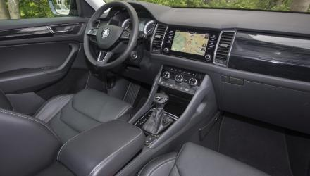 Billig-Marke? War einmal. Das  Kodiaq- Cockpit ist elegant, gediegen und übersichtlich.