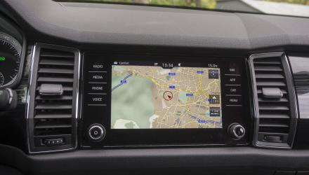 Großer, hochwertiger Touchscreen mit feiner Auflösung im Kodiaq-Cockpit.