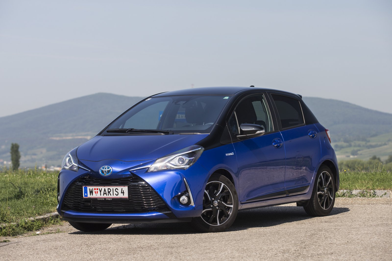 test toyota yaris 1 5 vvt i hybrid style alles auto. Black Bedroom Furniture Sets. Home Design Ideas
