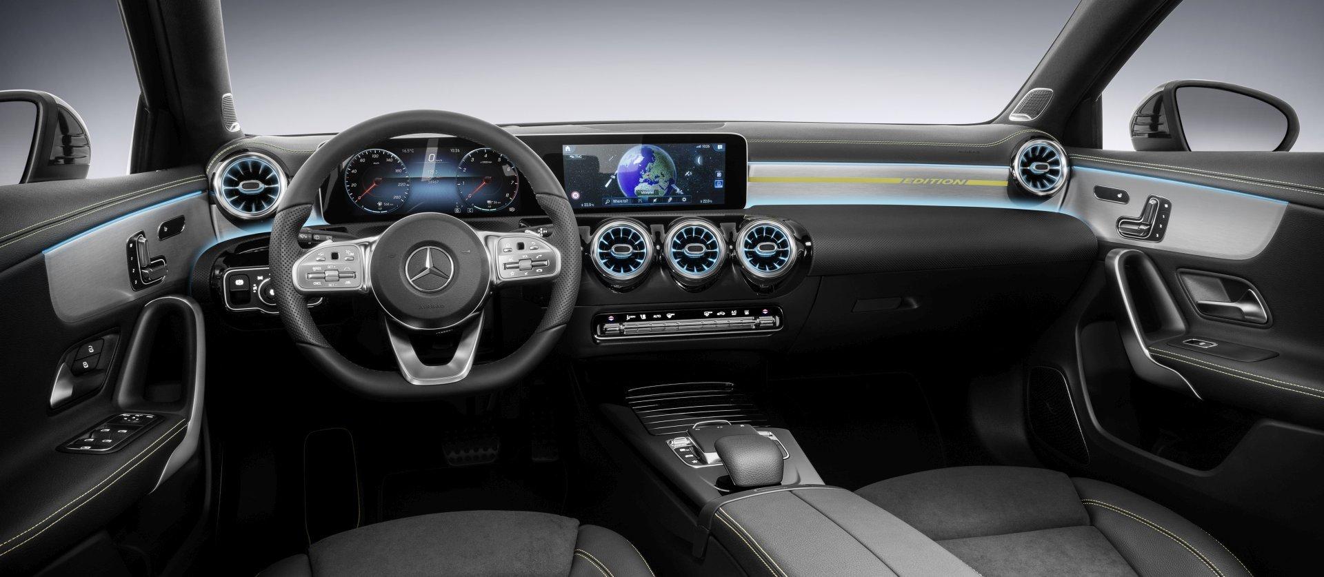 Mercedes A-Klasse: Das luxuriöse Interieur enthüllt - ALLES AUTO
