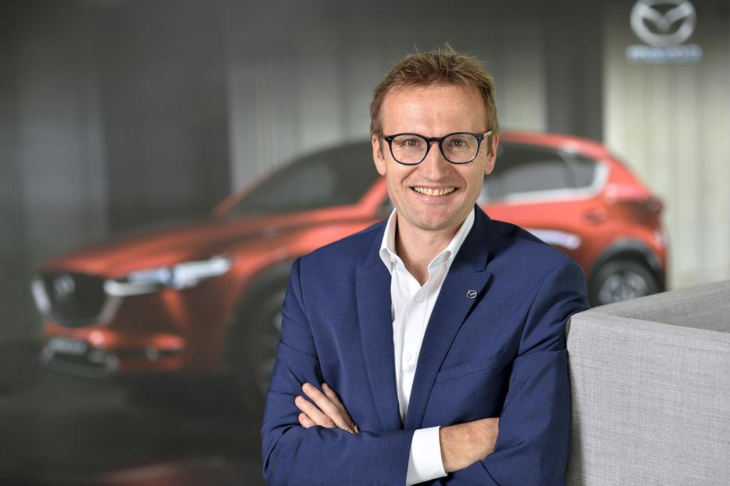slideshow_image_Heimo_Egger_GF_Mazda_Austria[1]
