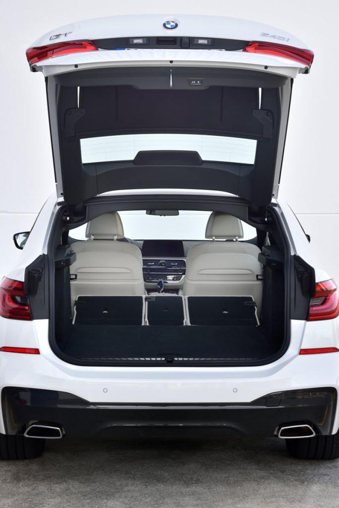 Bei Raumgefühl und Platzangebot punktet der Sechser GT mit besserer Ausnutzung auf gleicher Fläche, dazu gibt es Premium-Atmosphäre schon in der Grundausstattung.