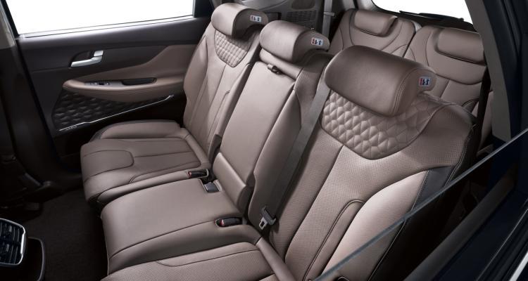 New Generation Hyundai Santa Fe Interieur (3)_klein