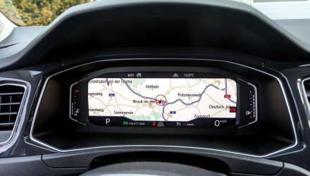"""Das digitalisierte """"Active Info Display"""" erlaubt sogar einen Navi-Vollbildschirm."""