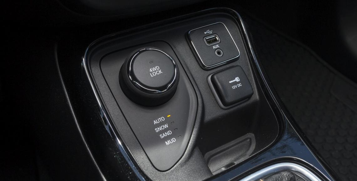jeep_compass_04_may