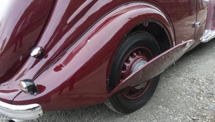 Aber nicht mit Jugendstil-Dekor wie dem stilisier- ten Löwenkopf derer von Peugeot.