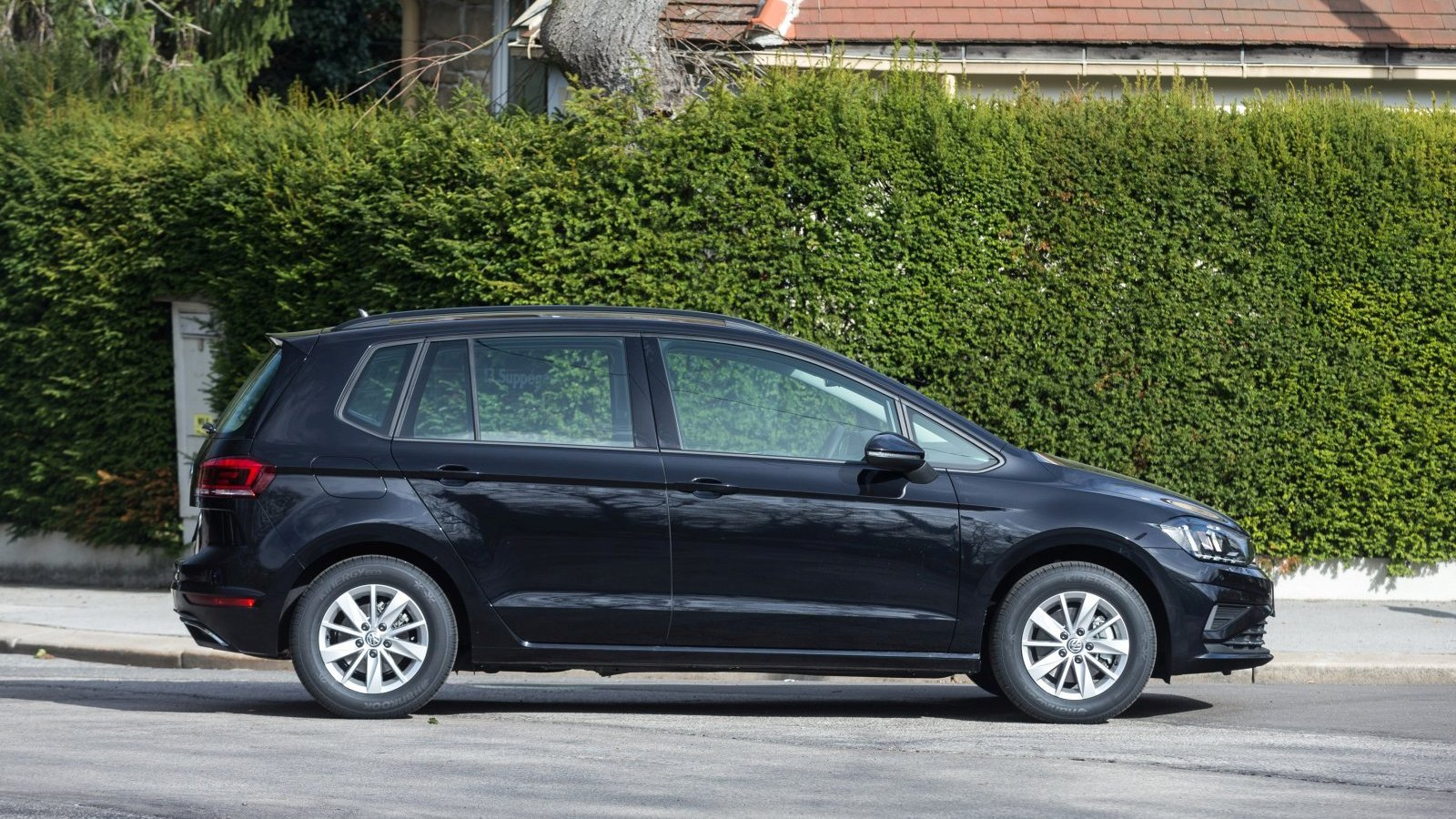 test vw golf sportsvan comfortline 1 6 tdi alles auto. Black Bedroom Furniture Sets. Home Design Ideas