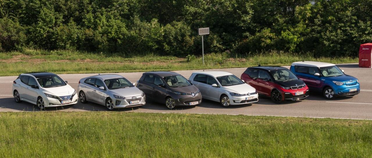 Elektroautos fahren sich dank jeder Menge Drehmoment vergnüglich und mit modernen Batterien auch schon ein ganzes Stück weiter als noch vor ein paar Jahren. Dennoch sind Garagenbesitzer mit eigener Lade-Infrastruktur klar im Vorteil.
