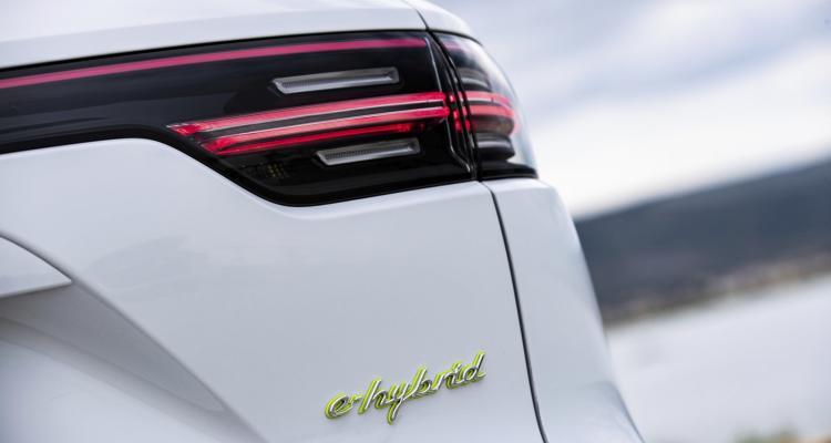20_Cayenne E-Hybrid