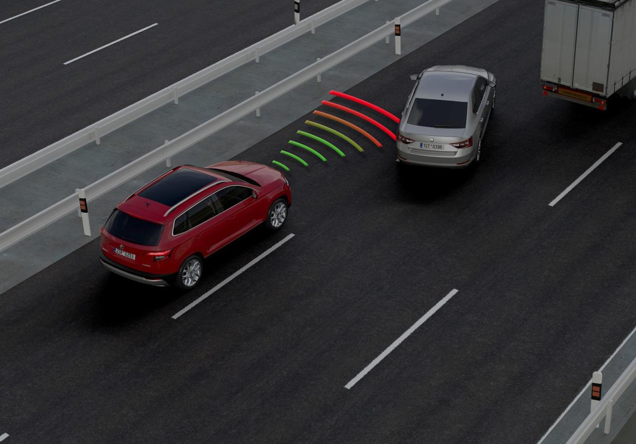 Leser-Anfrage: Probleme mit dem Abstands- regel-Tempomat beim Skoda Karoq.