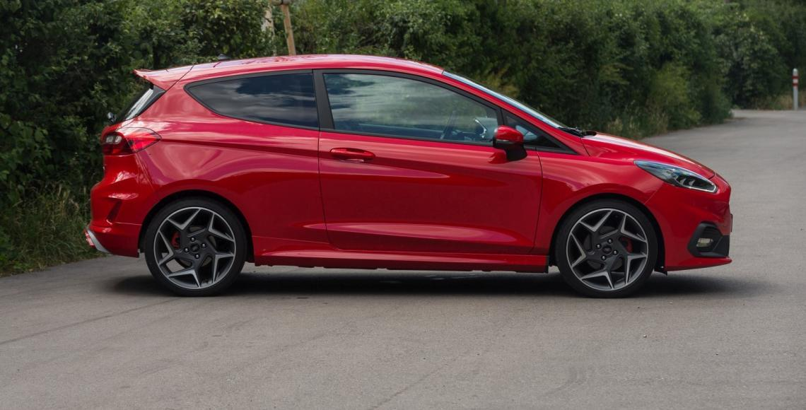 ford_fiesta_st_04_may