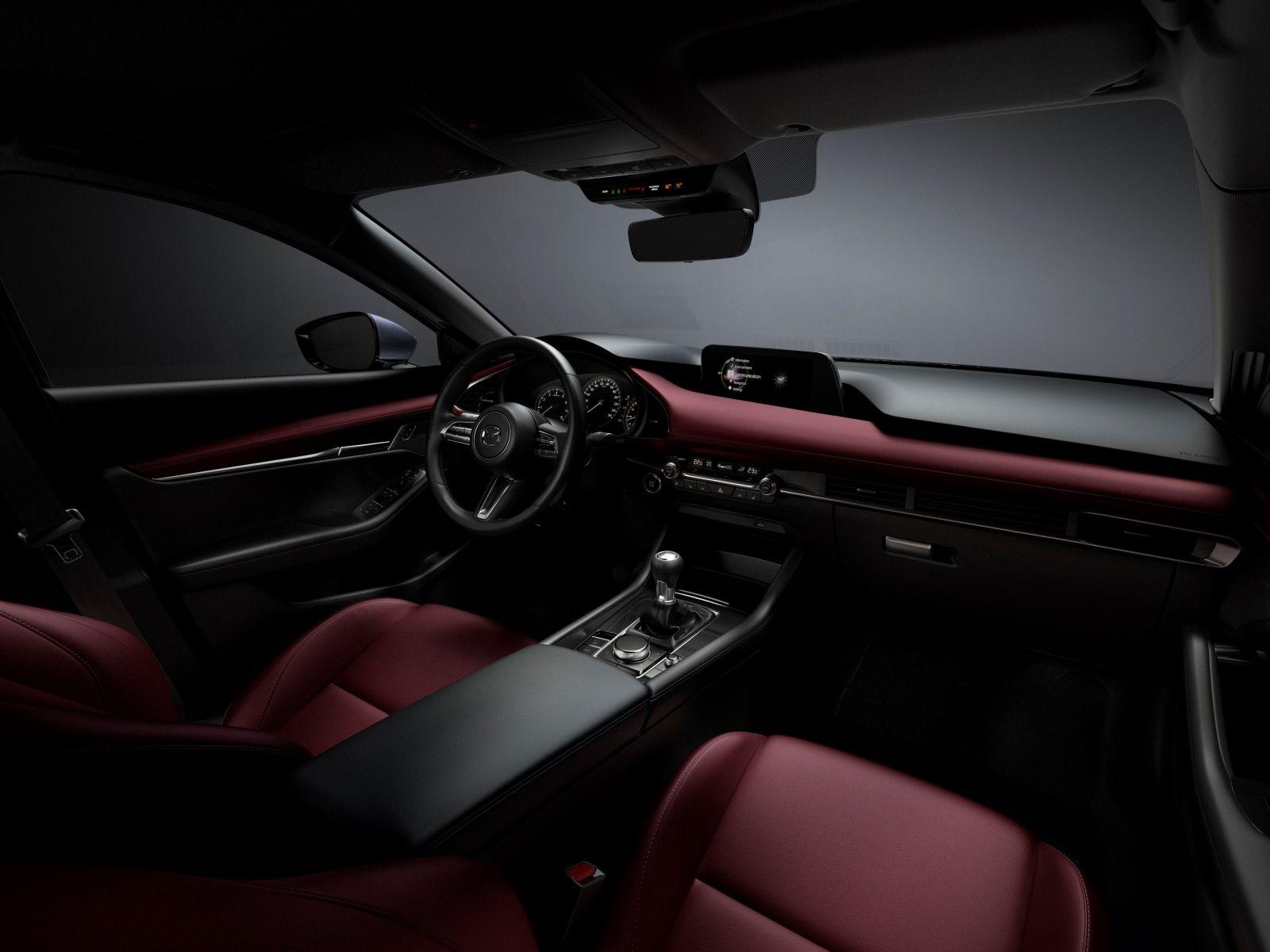 Der_neue_Mazda3_Interior