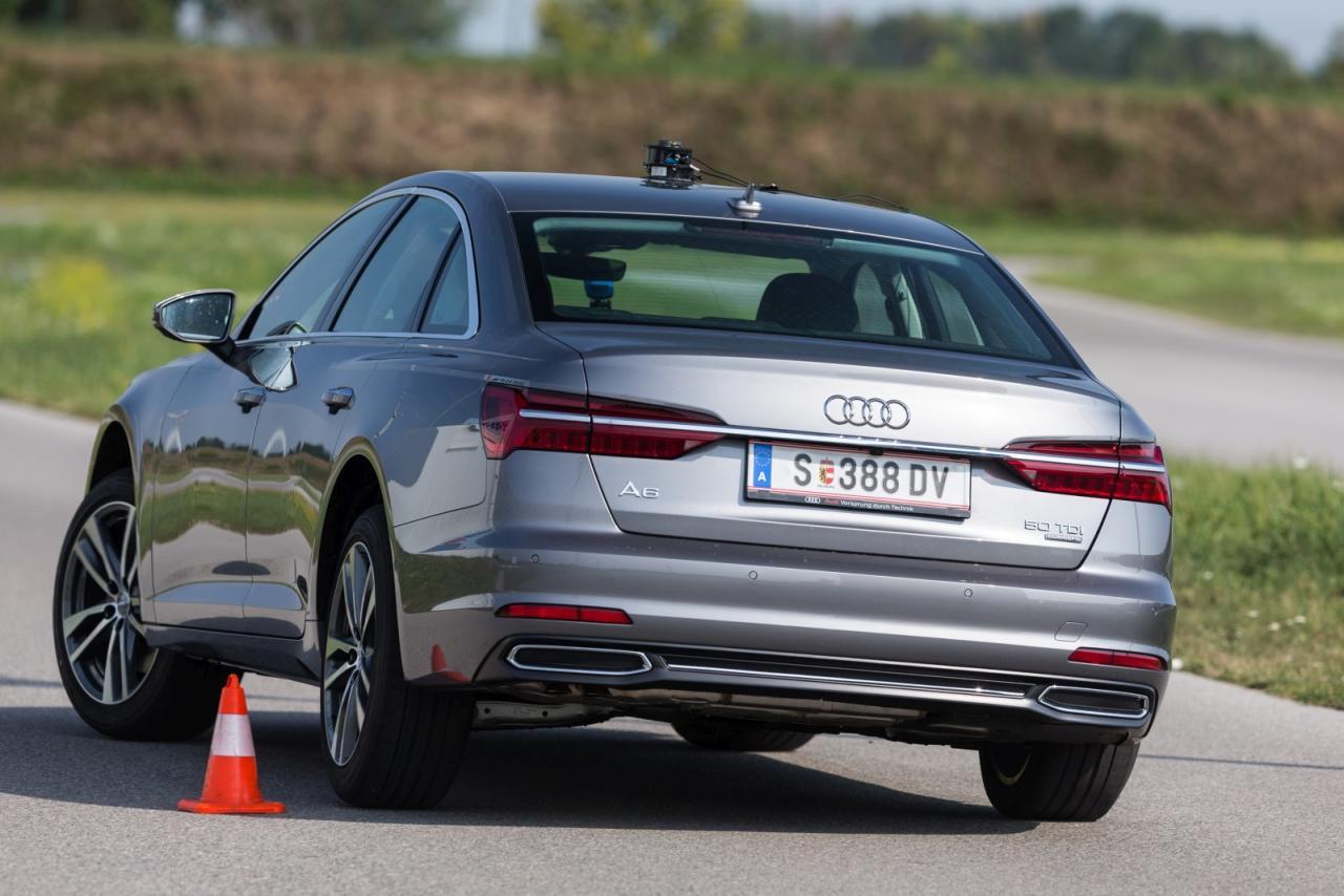 Trotz knapp fünf Metern Länge lässt sich der gut ausbalancierte A6 sehr agil bewegen. Das beschert Top-Zeiten im Ausweich- und Tracktest.
