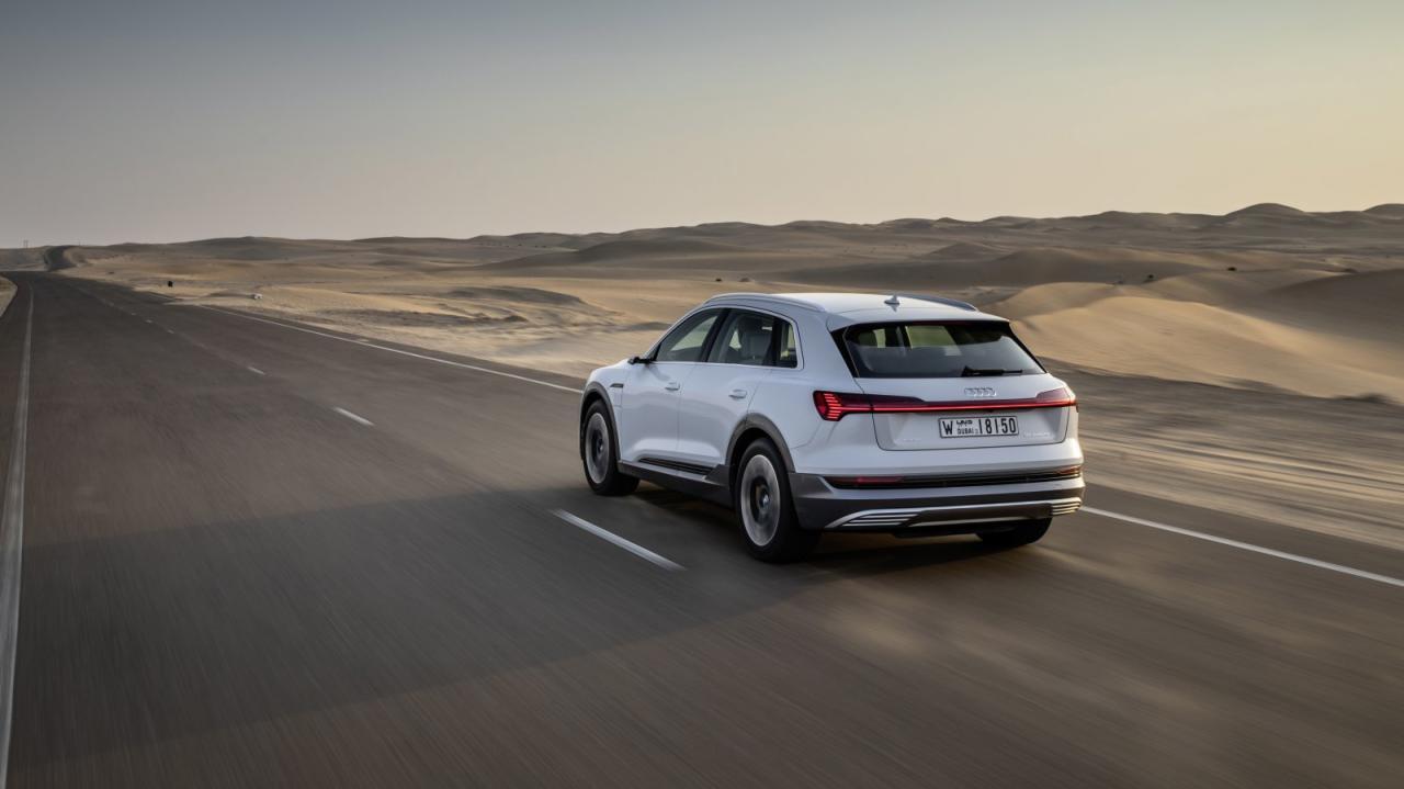 Audi hat seine technische Revolution absichtlich diskret verpackt: Die Kunden haben am Strom-Umstieg schon genug zu knabbern – also bekommen sie das Neue wenigstens in altbekanntem Look des Ingolstädter Biedermeier serviert.