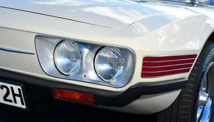 Diese Haifisch-Lichter mit Doppelaugen sah  man bei VW auch in Europa, dort freilich am faden 412.