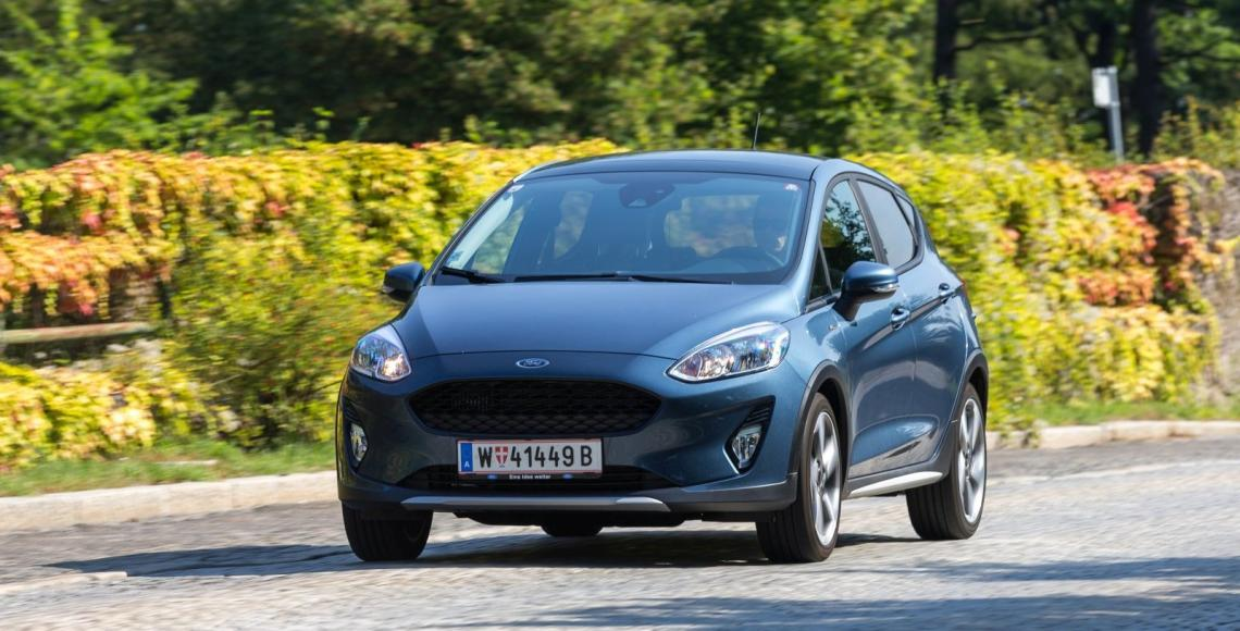 ford_fiesta_active_06_may