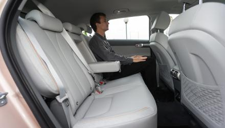 ... im Vergleich zum Hyundai Nexo allerdings noch um drei Zentimeter mehr.