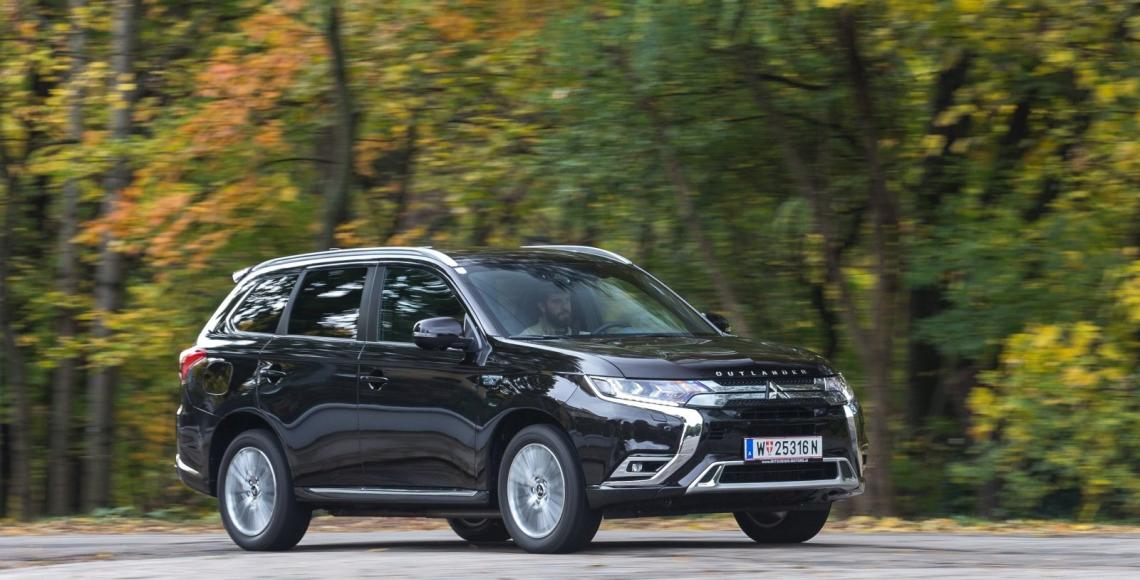 mitsubishi_outlander_phev_04_may