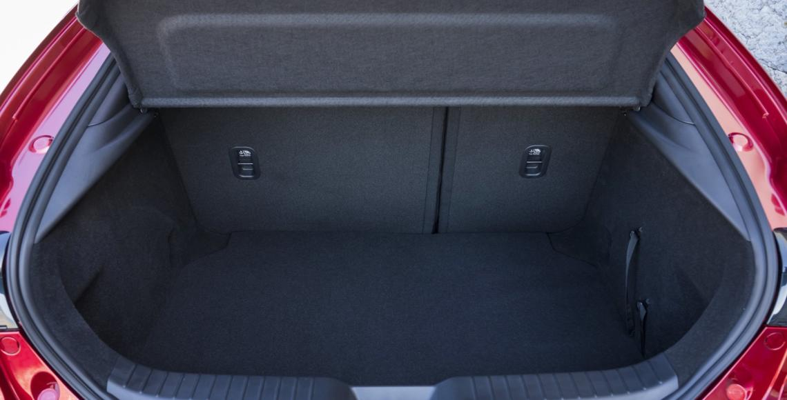 Mazda3_HB_SoulRedCrystal_Detail-17