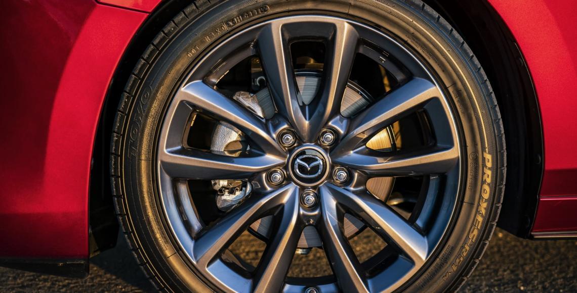 Mazda3_HB_SoulRedCrystal_Detail-2
