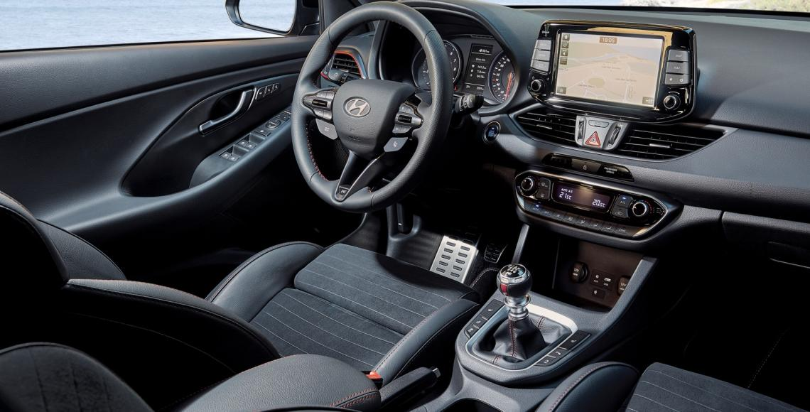i30_Fastback_N_interior2