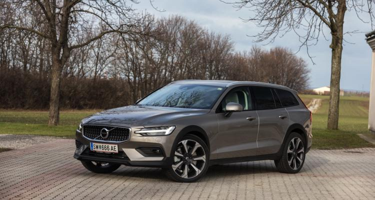 volvo_v60_cross_country_06_may