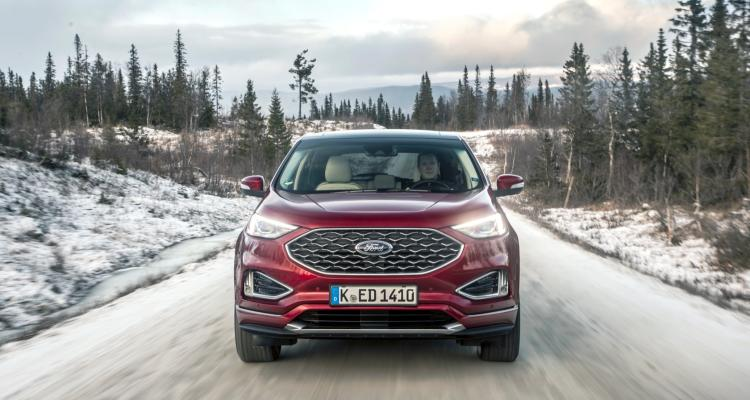 2018_FORD_EDGE_VIGNALE_RUBY_RED__006