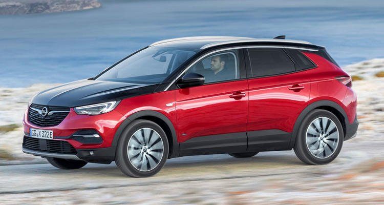 Opel-Grandland-X-Hybrid4-(2)