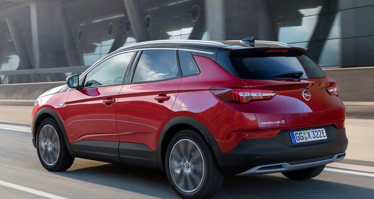 Opel-Grandland-X-Hybrid4-(6)