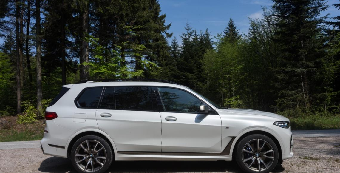bmw_x7_m50d_02_may