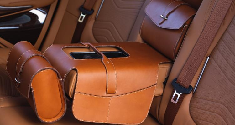 ASTON MARTIN DBX_36_SADDLE BAG