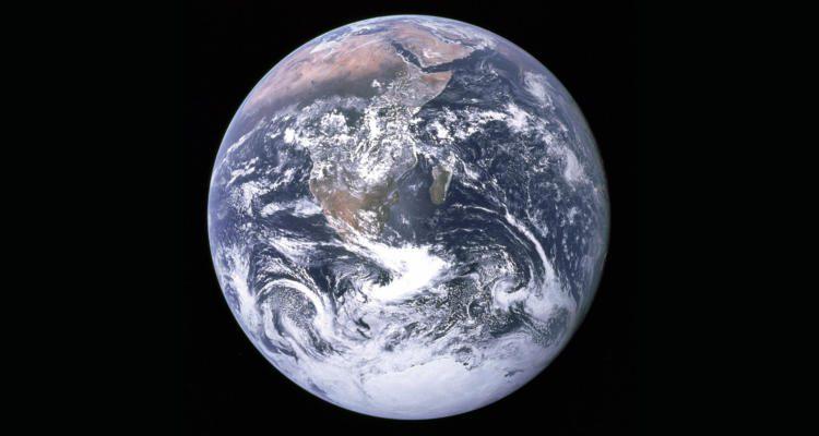 Apollo 17 Blick auf Erde aus dem Weltraum